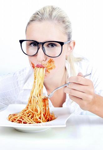 大食いの女性